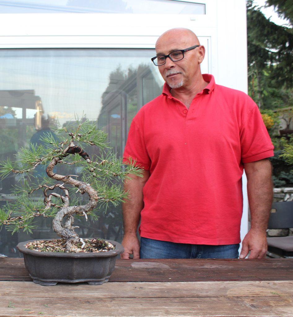3. septembra 2020 vo veku 55 rokov nás navždy opustil Peter Roško. Výborný bonsaista, kamarát. Vždy veselý a ochotný pomôcť. Česť jeho pamiatke.