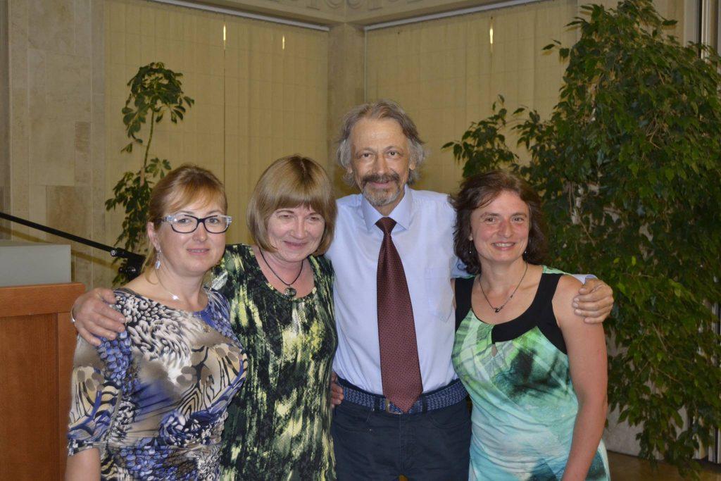 Náš skvelý kamarát, prezident Slovenskej asociácie suiseki MUDr. Michal Šebo nás navždy opustil. Česť jeho pamiatke.